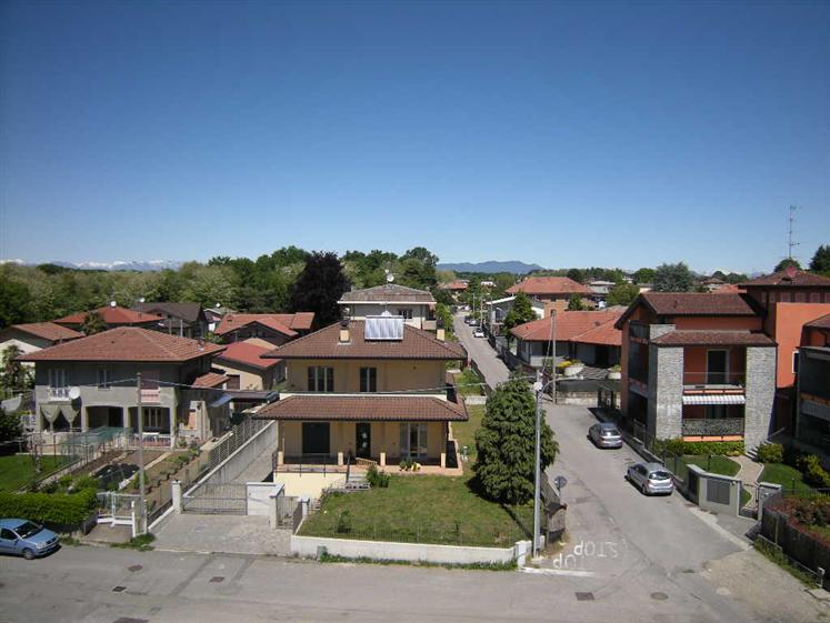 Capannone in vendita a Casorate Sempione, 9999 locali, zona Zona: Brughiera di Casorate, Trattative riservate | Cambio Casa.it