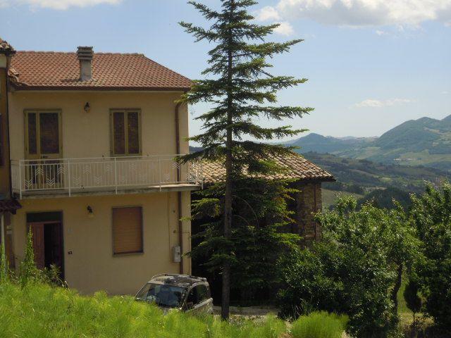Soluzione Semindipendente in vendita a Ruino, 4 locali, prezzo € 118.000 | Cambio Casa.it