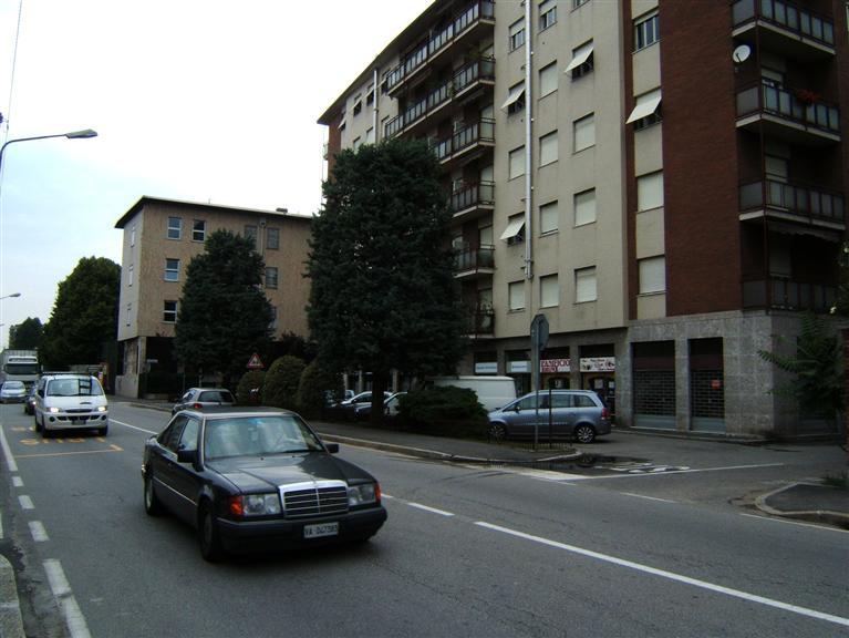 Negozio / Locale in vendita a Gallarate, 3 locali, zona Zona: Ronchi, prezzo € 69.000 | Cambio Casa.it