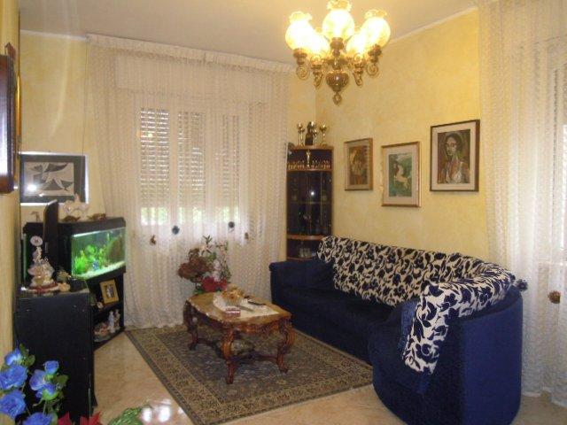 Appartamento in vendita a Casteggio, 3 locali, prezzo € 90.000 | Cambio Casa.it