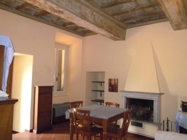 Appartamento in affitto a Castana, 1 locali, prezzo € 250 | Cambio Casa.it