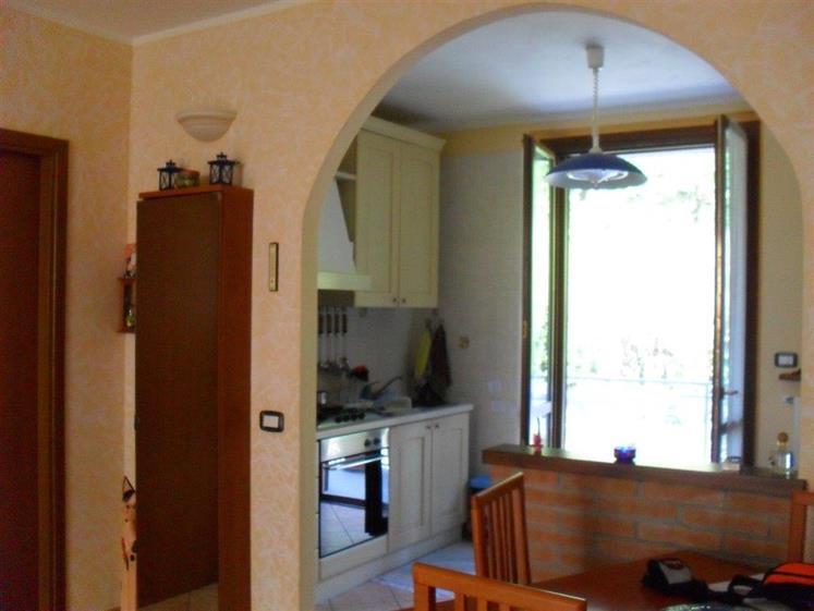 Soluzione Indipendente in vendita a Casteggio, 4 locali, prezzo € 118.000 | Cambio Casa.it