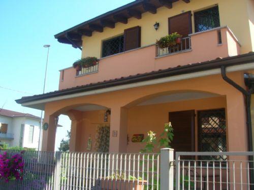 Villa a Schiera in Vendita a Santa Giuletta