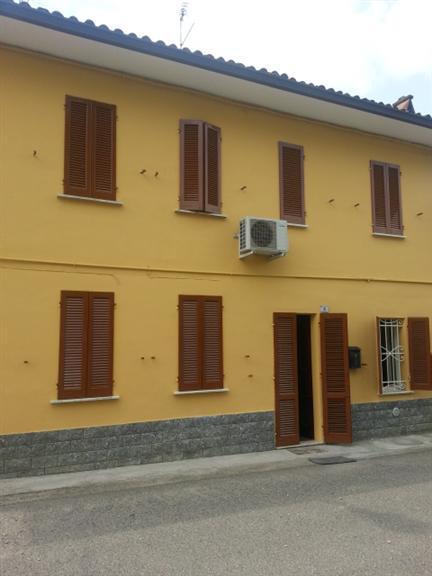 Soluzione Semindipendente in affitto a Santa Giuletta, 3 locali, prezzo € 400 | Cambio Casa.it