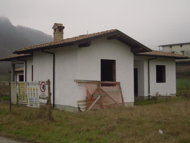 Villa in Vendita a Torrazza Coste