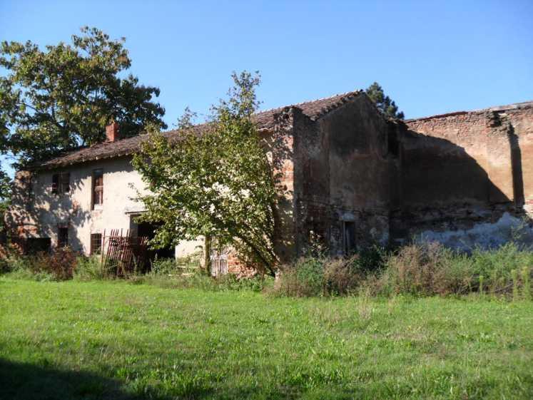 Rustico / Casale in Vendita a Campospinoso