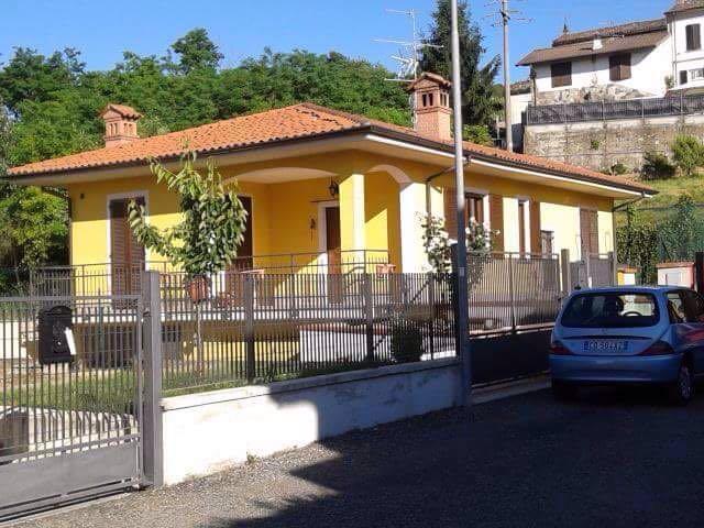 Villa in Vendita a Santa Giuletta