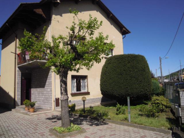 Appartamento in vendita a Broni, 3 locali, prezzo € 83.000 | Cambio Casa.it
