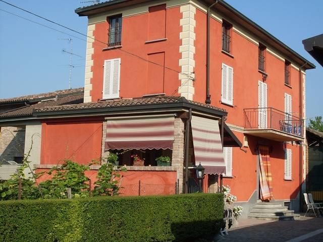 Soluzione Indipendente in vendita a Torricella Verzate, 5 locali, prezzo € 215.000 | Cambio Casa.it