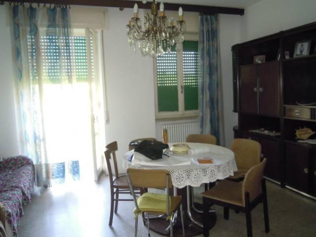 Appartamento in vendita a Casteggio, 3 locali, prezzo € 69.000 | Cambio Casa.it