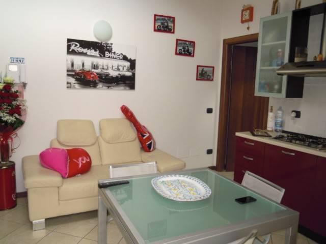 Appartamento in affitto a Broni, 2 locali, prezzo € 400 | Cambio Casa.it