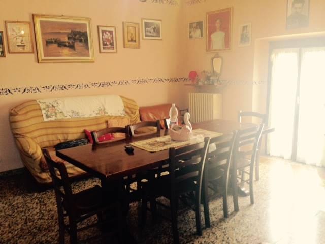 Appartamento in vendita a Casteggio, 3 locali, prezzo € 59.000 | Cambio Casa.it