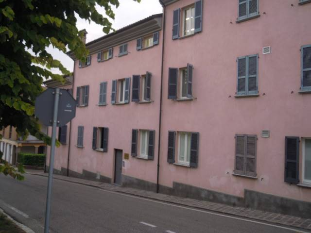 Appartamento in affitto a Casteggio, 4 locali, prezzo € 450 | Cambio Casa.it