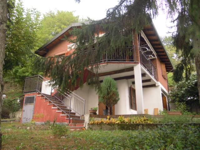Villa in vendita a Borgoratto Mormorolo, 4 locali, zona Zona: Boiolo, prezzo € 168.000 | CambioCasa.it