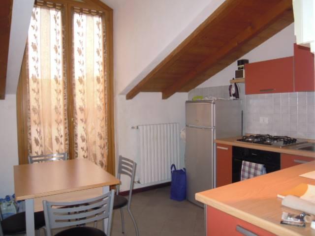 Appartamento in vendita a Casteggio, 2 locali, prezzo € 65.000 | Cambio Casa.it