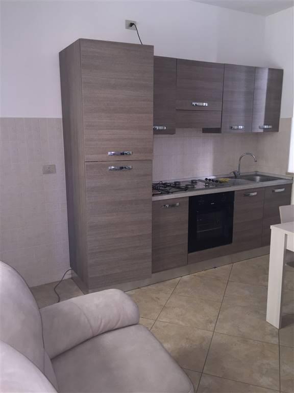 Appartamento in affitto a Casteggio, 3 locali, prezzo € 400 | Cambio Casa.it