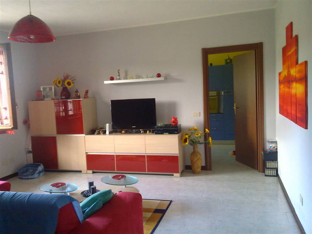 Soluzione Indipendente in vendita a Casteggio, 3 locali, prezzo € 105.000 | Cambio Casa.it