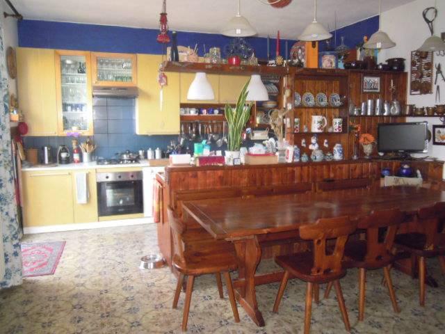 Soluzione Semindipendente in vendita a Montalto Pavese, 5 locali, zona Località: FINIGETO, prezzo € 118.000 | Cambio Casa.it