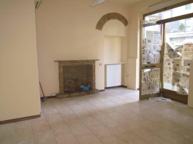 Negozio / Locale in vendita a Casteggio, 1 locali, prezzo € 35.000 | Cambio Casa.it