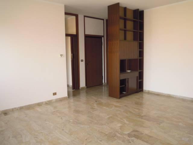 Appartamento in affitto a Broni, 3 locali, prezzo € 380 | CambioCasa.it