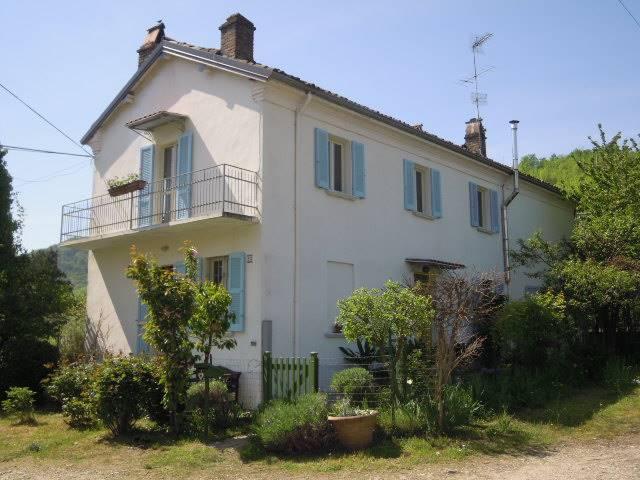 Soluzione Indipendente in vendita a Torrazza Coste, 5 locali, zona Località: PRAGATE, prezzo € 245.000 | CambioCasa.it
