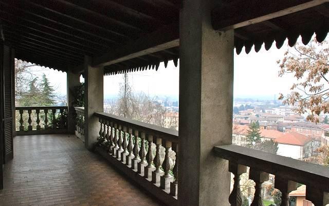 Soluzione Indipendente in vendita a Casteggio, 12 locali, prezzo € 290.000   Cambio Casa.it