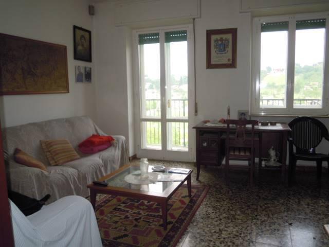 Appartamento in vendita a Casteggio, 3 locali, prezzo € 65.000 | Cambio Casa.it