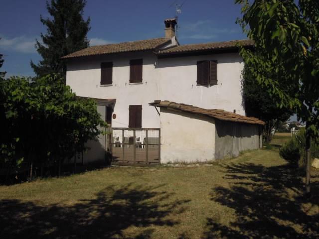 Soluzione Indipendente in vendita a Castelletto di Branduzzo, 4 locali, prezzo € 155.000 | CambioCasa.it