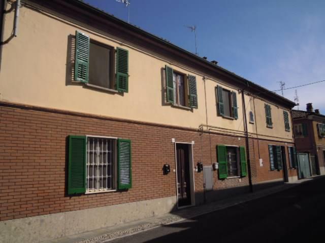 Appartamento in affitto a Montebello della Battaglia, 2 locali, prezzo € 300 | CambioCasa.it