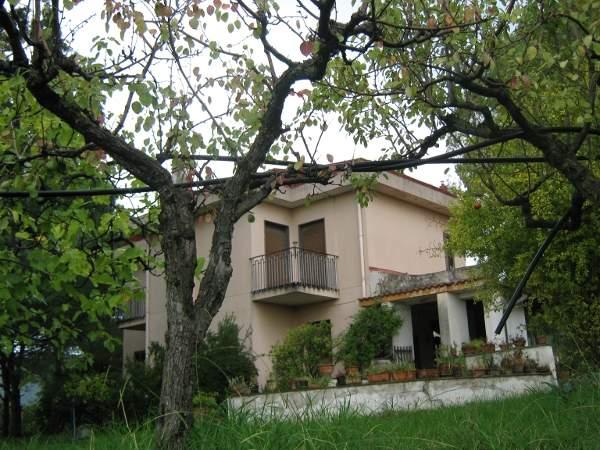 Villa in Vendita a Giffoni Valle Piana