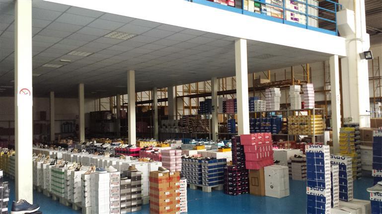 Capannone in vendita a Salerno, 9999 locali, zona Località: SAN LEONARDO / ARECHI / MIGLIARO, prezzo € 300.000 | CambioCasa.it