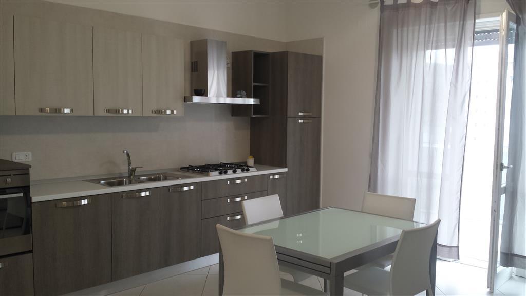 Appartamento in vendita a Salerno, 3 locali, zona Zona: Fuorni, prezzo € 240.000 | CambioCasa.it