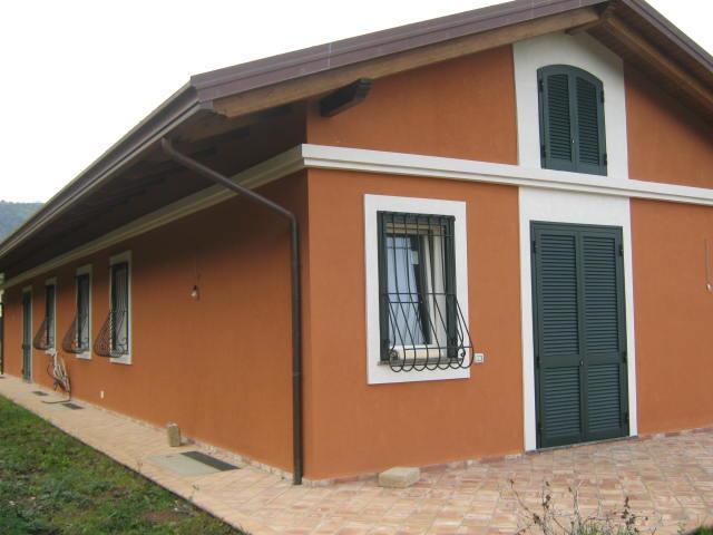 Villa in vendita a Salerno, 6 locali, zona Zona: Fuorni, Trattative riservate | Cambio Casa.it