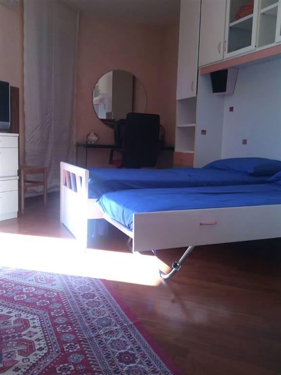 Villa in affitto a Giffoni Sei Casali, 6 locali, prezzo € 1.200 | Cambio Casa.it