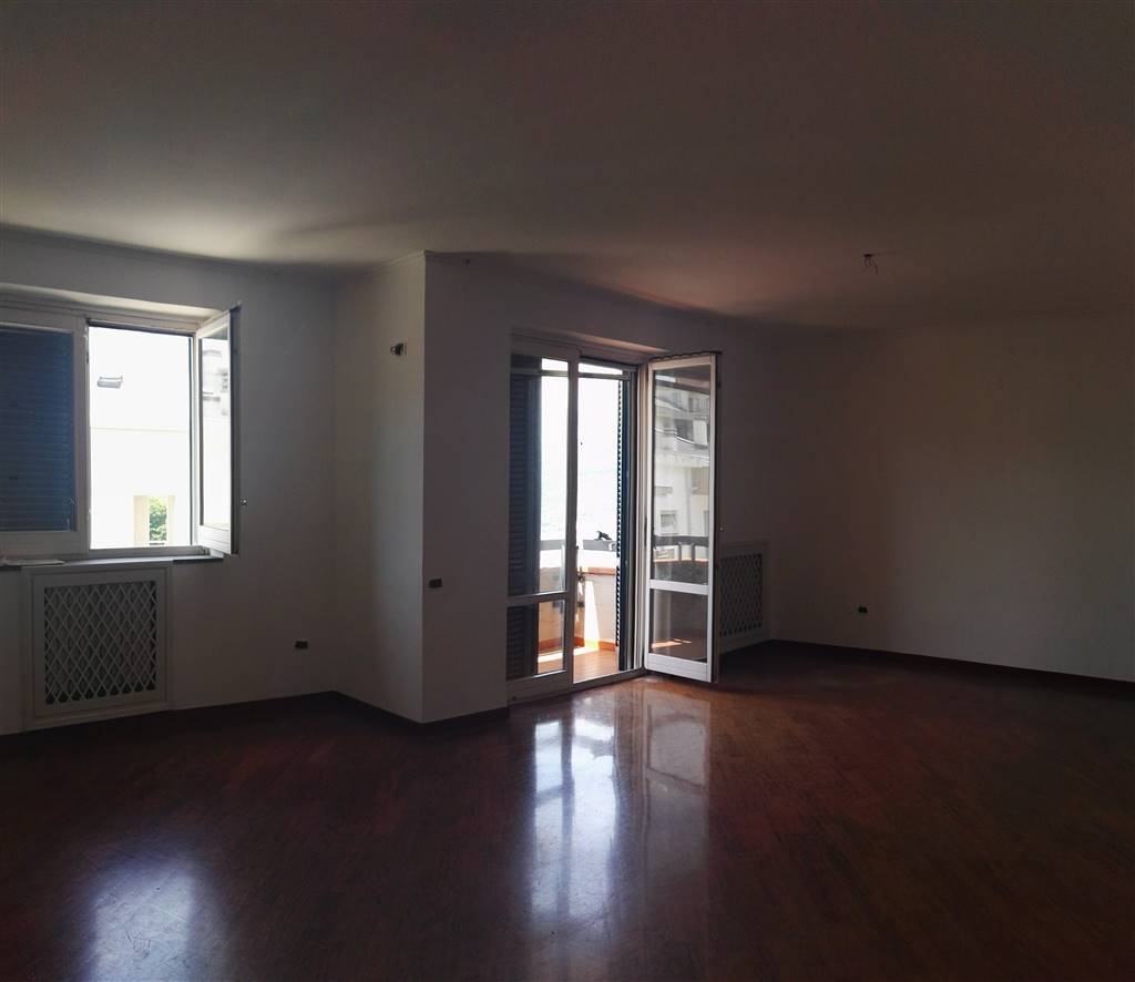 Appartamento in Vendita a Salerno