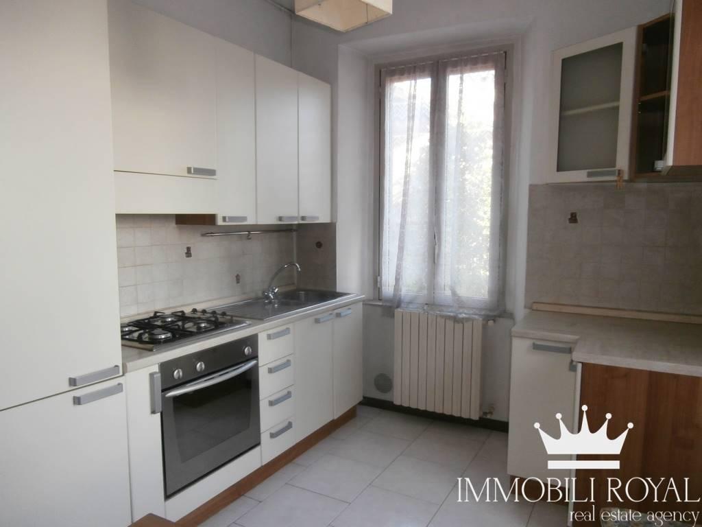Appartamento in Vendita a Monza: 2 locali, 45 mq