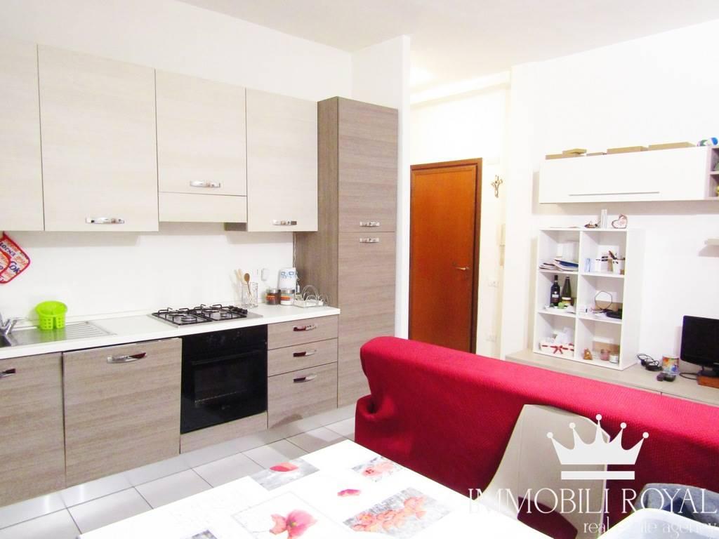 Appartamento in Vendita a Milano: 2 locali, 55 mq