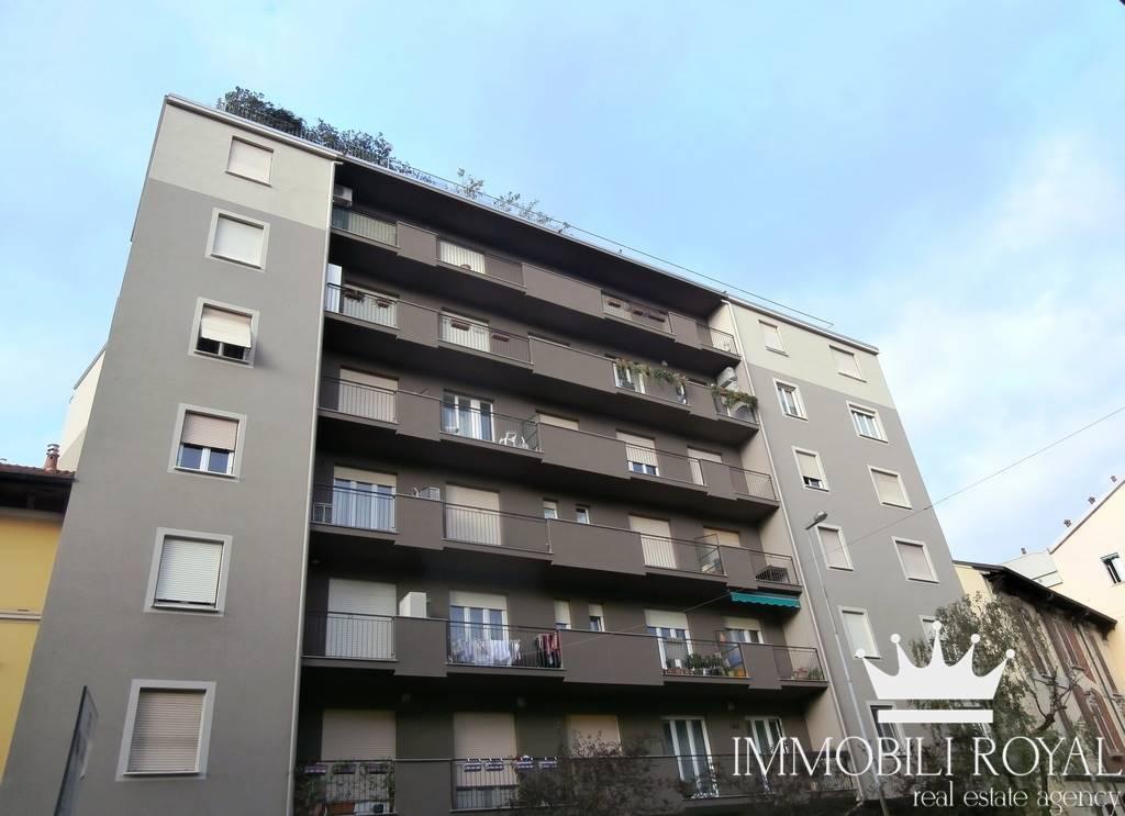 Appartamento in Affitto a Monza:  2 locali, 65 mq  - Foto 1