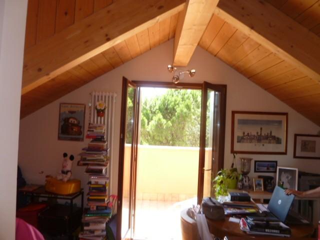 Appartamento in vendita a Misano Adriatico, 5 locali, zona Zona: Misano Monte, prezzo € 270.000 | Cambio Casa.it