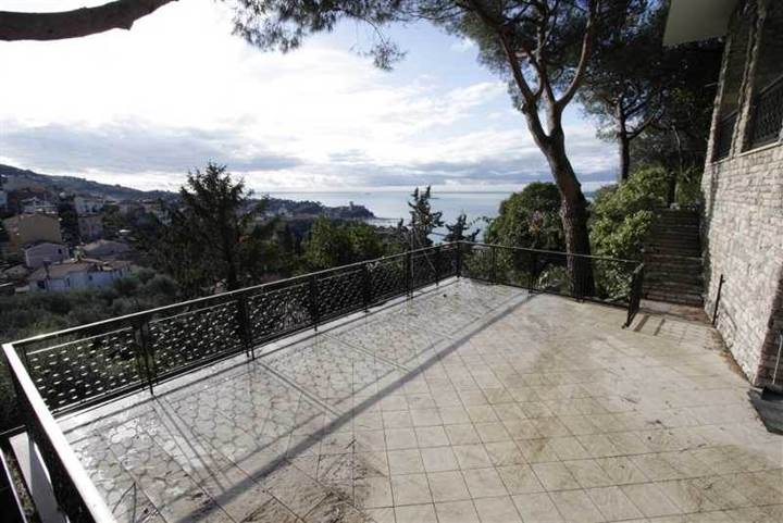 Villa in vendita a Lerici, 8 locali, Trattative riservate | Cambio Casa.it