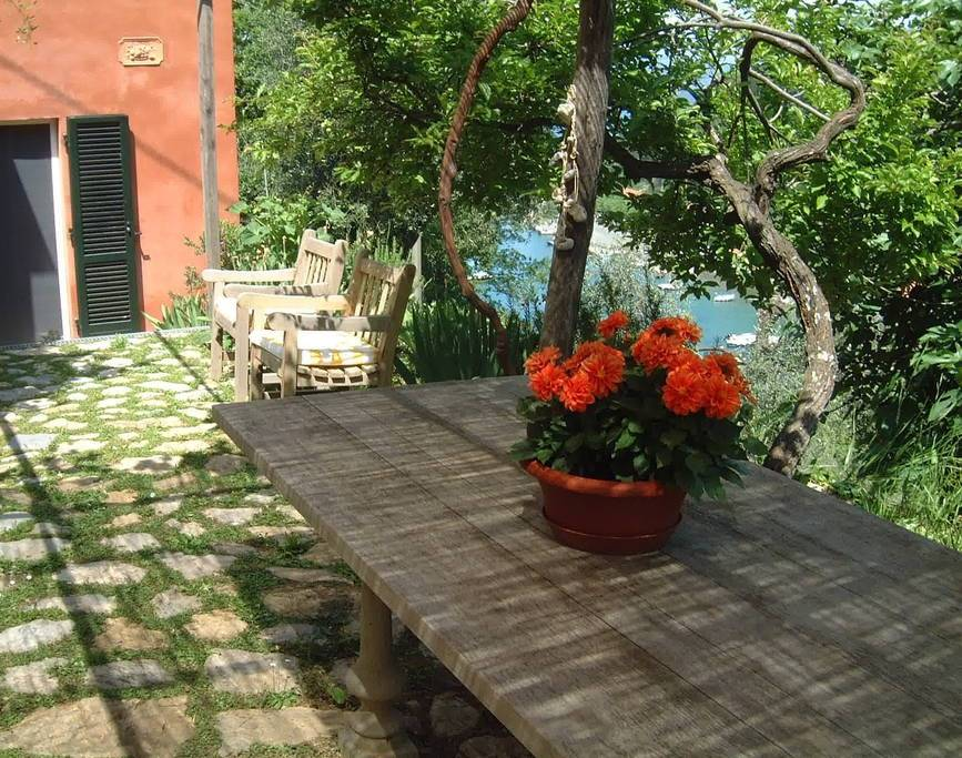 Villa in vendita a Portovenere, 5 locali, prezzo € 990.000 | CambioCasa.it