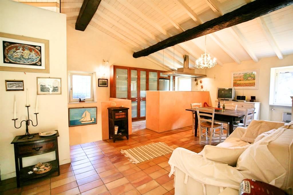 Villa in vendita a Portovenere, 5 locali, prezzo € 900.000 | Cambio Casa.it