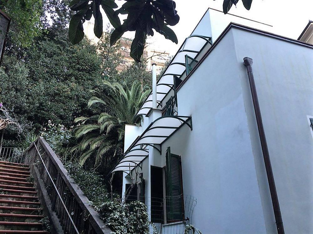 Villa in vendita a La Spezia, 10 locali, zona Località: COLLI, prezzo € 670.000 | CambioCasa.it