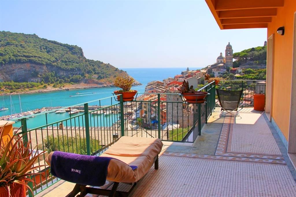 Appartamento in vendita a Portovenere, 6 locali, prezzo € 990.000 | CambioCasa.it