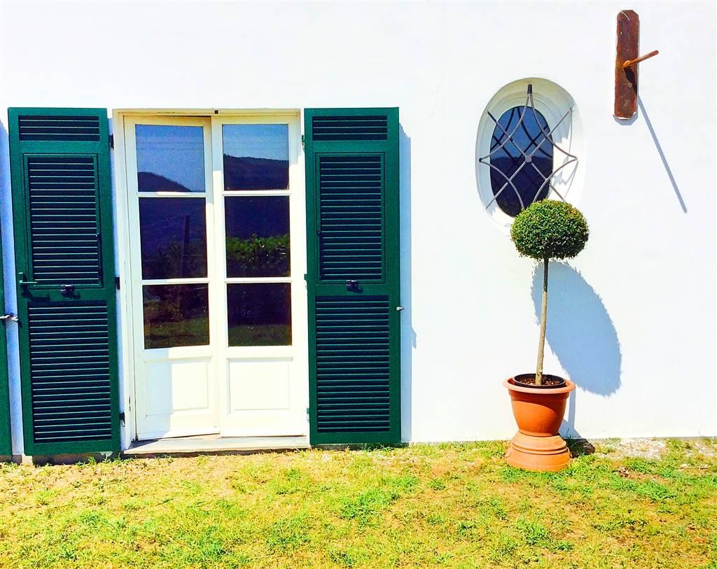 Villa in vendita a La Spezia, 8 locali, zona Località: MONTALBANO, prezzo € 500.000 | CambioCasa.it