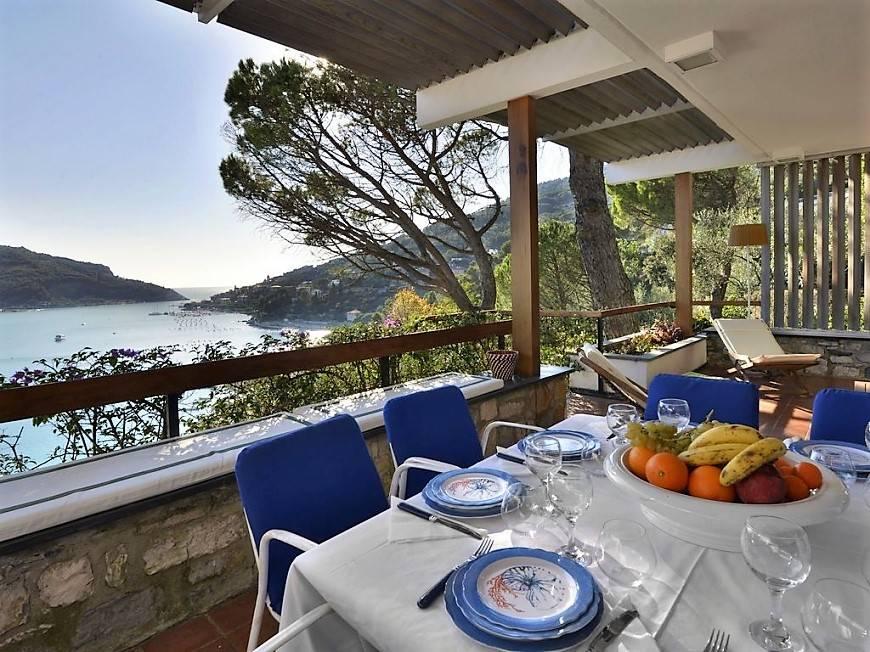 Villa in vendita a Portovenere, 6 locali, prezzo € 1.600.000 | CambioCasa.it