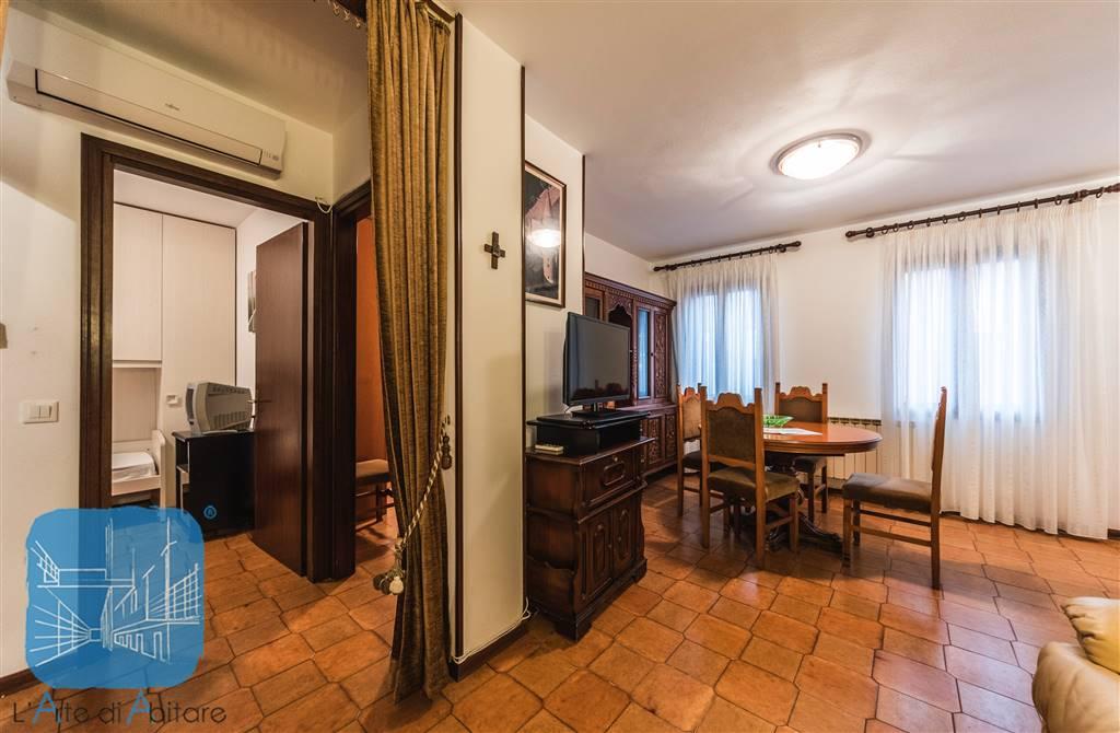 Appartamento in vendita caorle in provincia di venezia a - Abitare il bagno trani ...