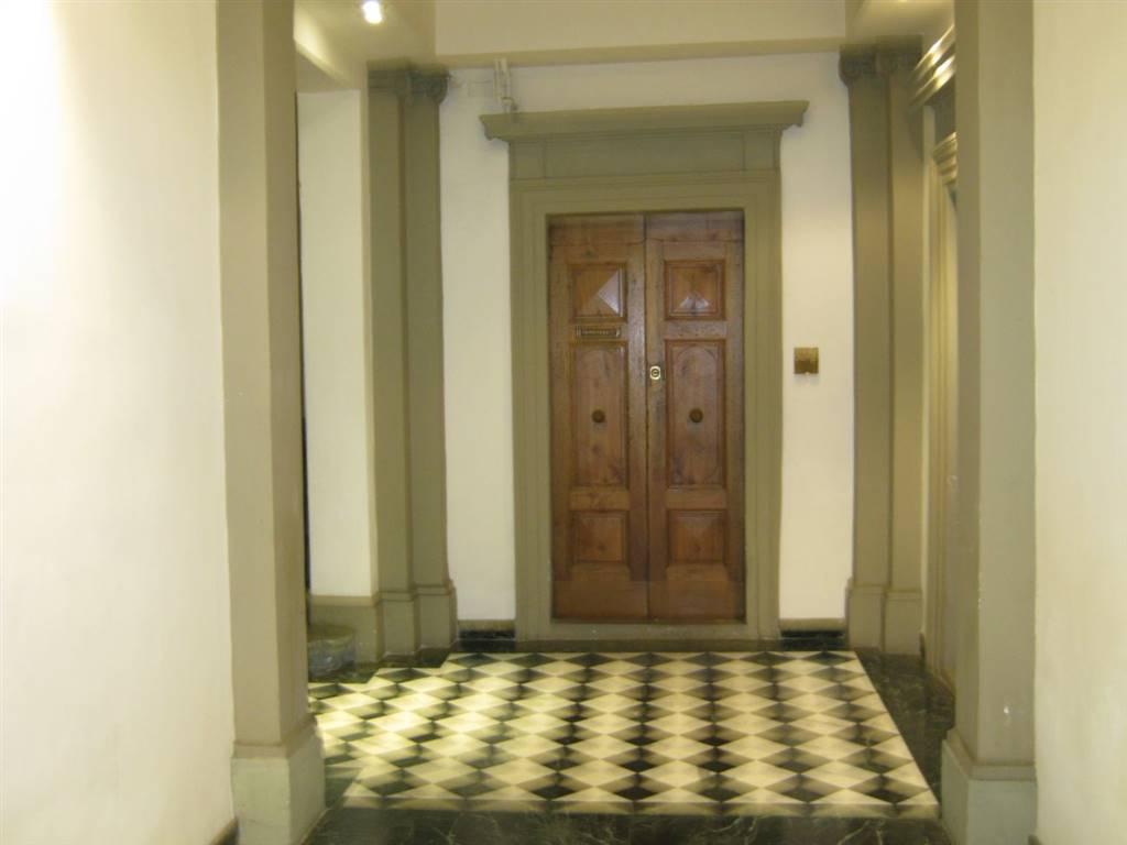 Palazzo / Stabile in vendita a Firenze, 6 locali, zona Località: DUOMO, prezzo € 440.000 | Cambio Casa.it