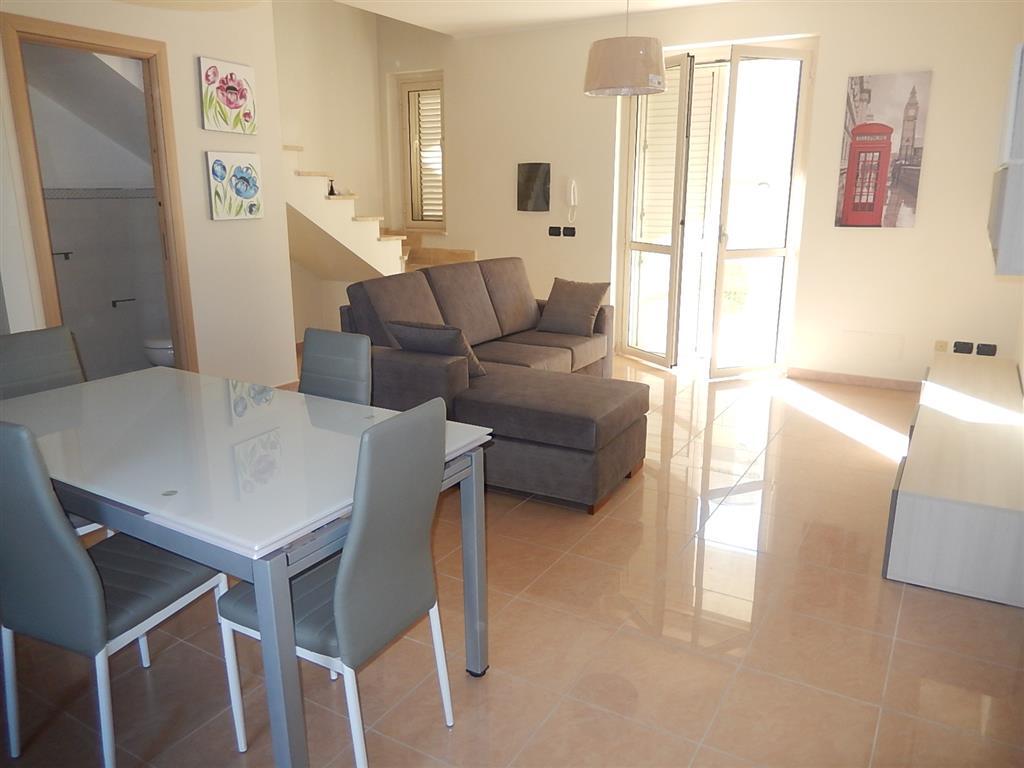 Villa a Schiera in vendita a Stalettì, 3 locali, zona Zona: Caminia , prezzo € 150.000 | CambioCasa.it