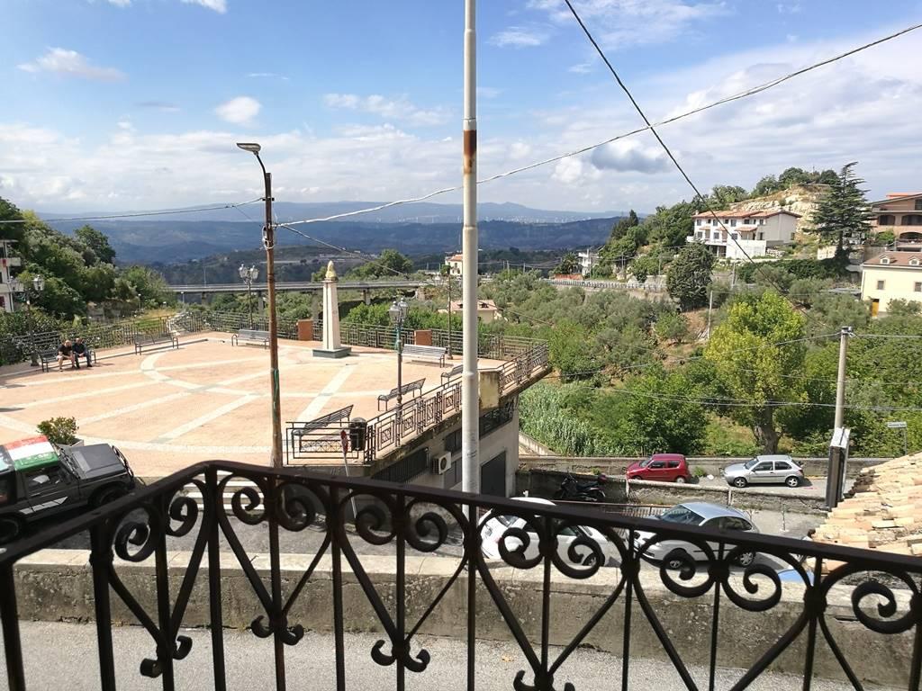 Soluzione Indipendente in vendita a Catanzaro, 2 locali, zona Zona: Gagliano, prezzo € 20.000 | CambioCasa.it